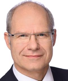 Dr Olaf Frank